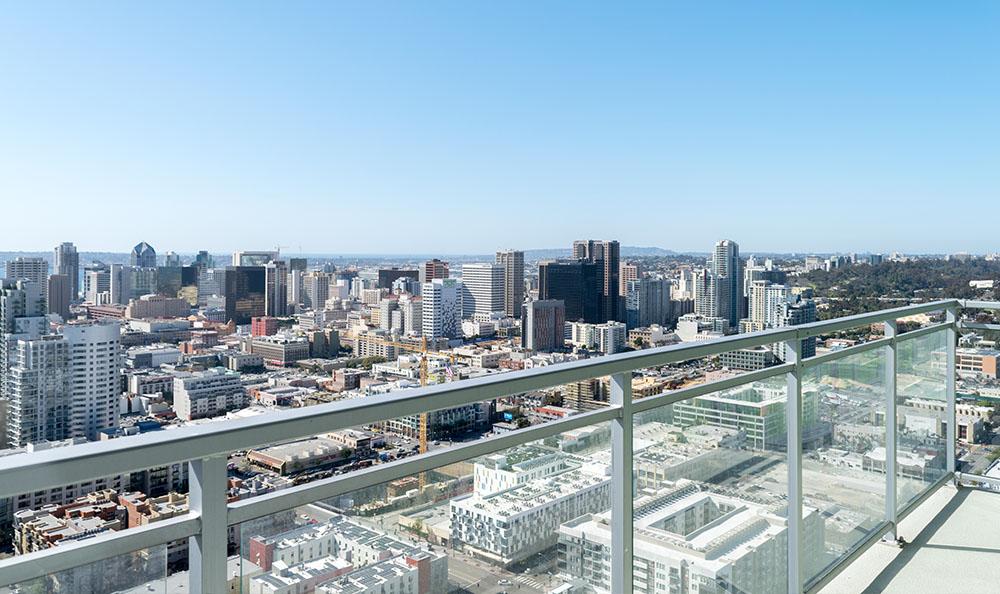 View Pinnacle Downtown